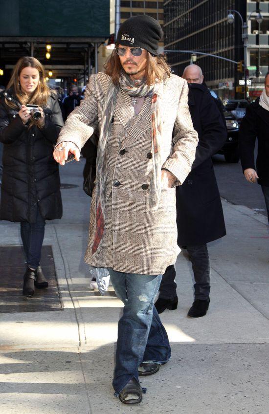 Johnny Depp przed studio Davida Lettermana