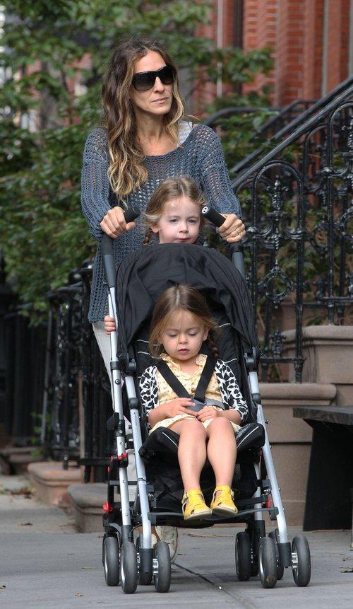 Sarah Jessica Parker i jej 3-letnie córeczki.
