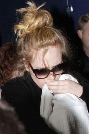 Pierwsze zdjęcia Adele po porodzie! (FOTO)