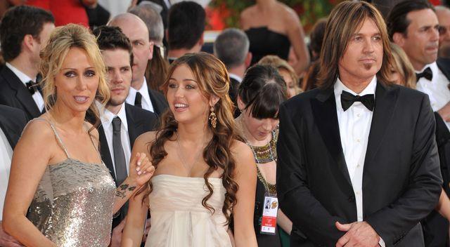 Czego nauczyło Miley małżeństwo rodziców?