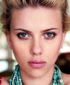 Brzydka, stara Scarlett Johansson
