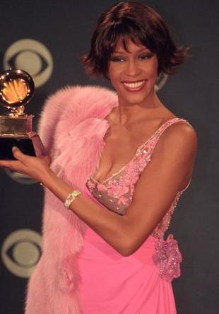 Ray J obwiniany o śmierć Whitney Houston