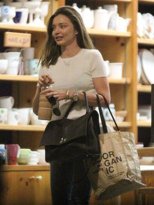 Miranda Kerr z chłopakiem i synkiem (FOTO)
