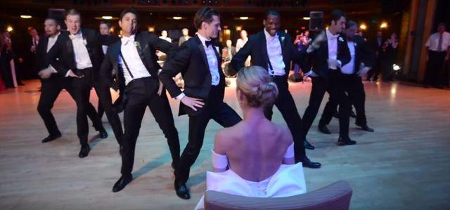 Takiego tańca pana młodego jeszcze NIE widzieliście (VIDEO)