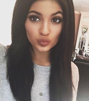 17-letnia Kylie Jenner chwali się garderobą (FOTO)