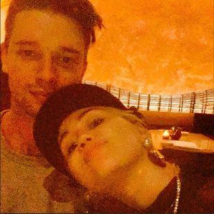 Chłopak Miley Cyrus miał wypadek samochodowy