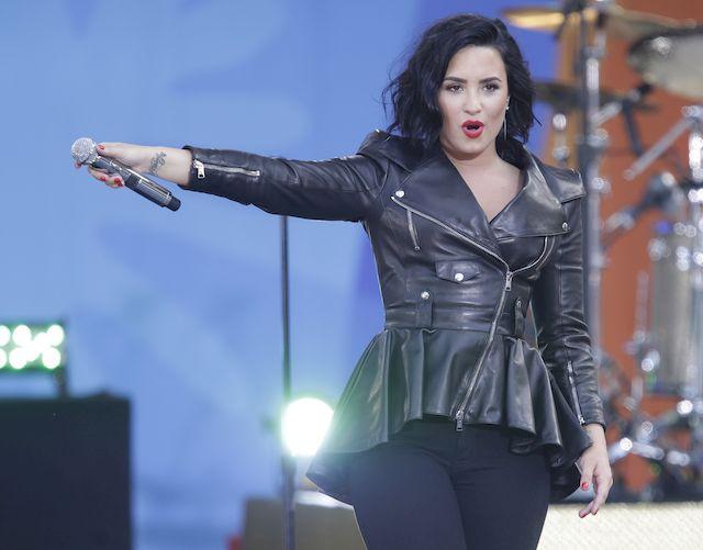 Demi Lovato utknęła w windzie z Joe Jonasem na wiele godzin!