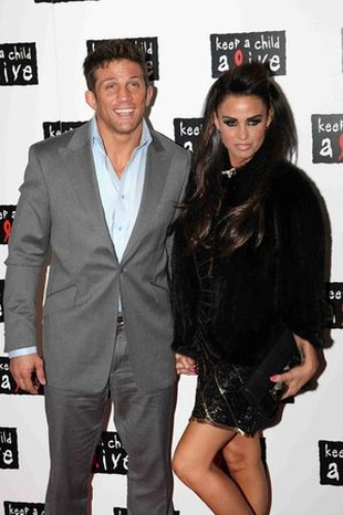Katie Price i Alex Reid oficjalnie o rozwodzie