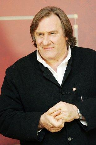 Gerard Depardieu przeprosił za sikanie w samolocie
