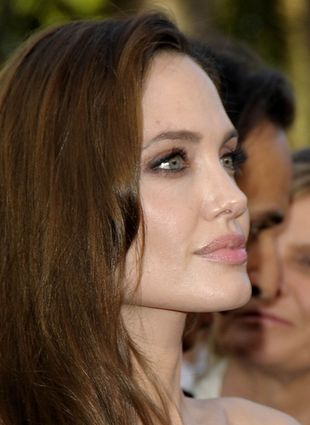Debiut reżyserski Angeliny Jolie [VIDEO]