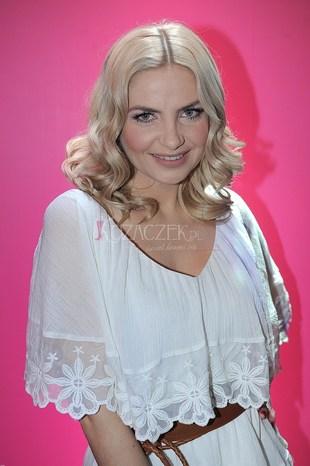 Maja Frykowska jako prowadząca talk-show (FOTO)