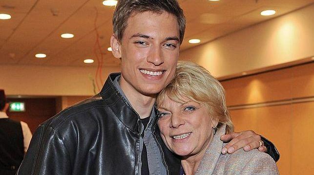 Syn Doroty Stalińskiej jest modelem (VIDEO)