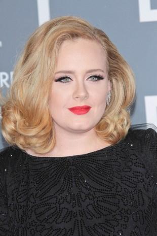 Porcelanowa Adele na rozdaniu Grammy (FOTO)