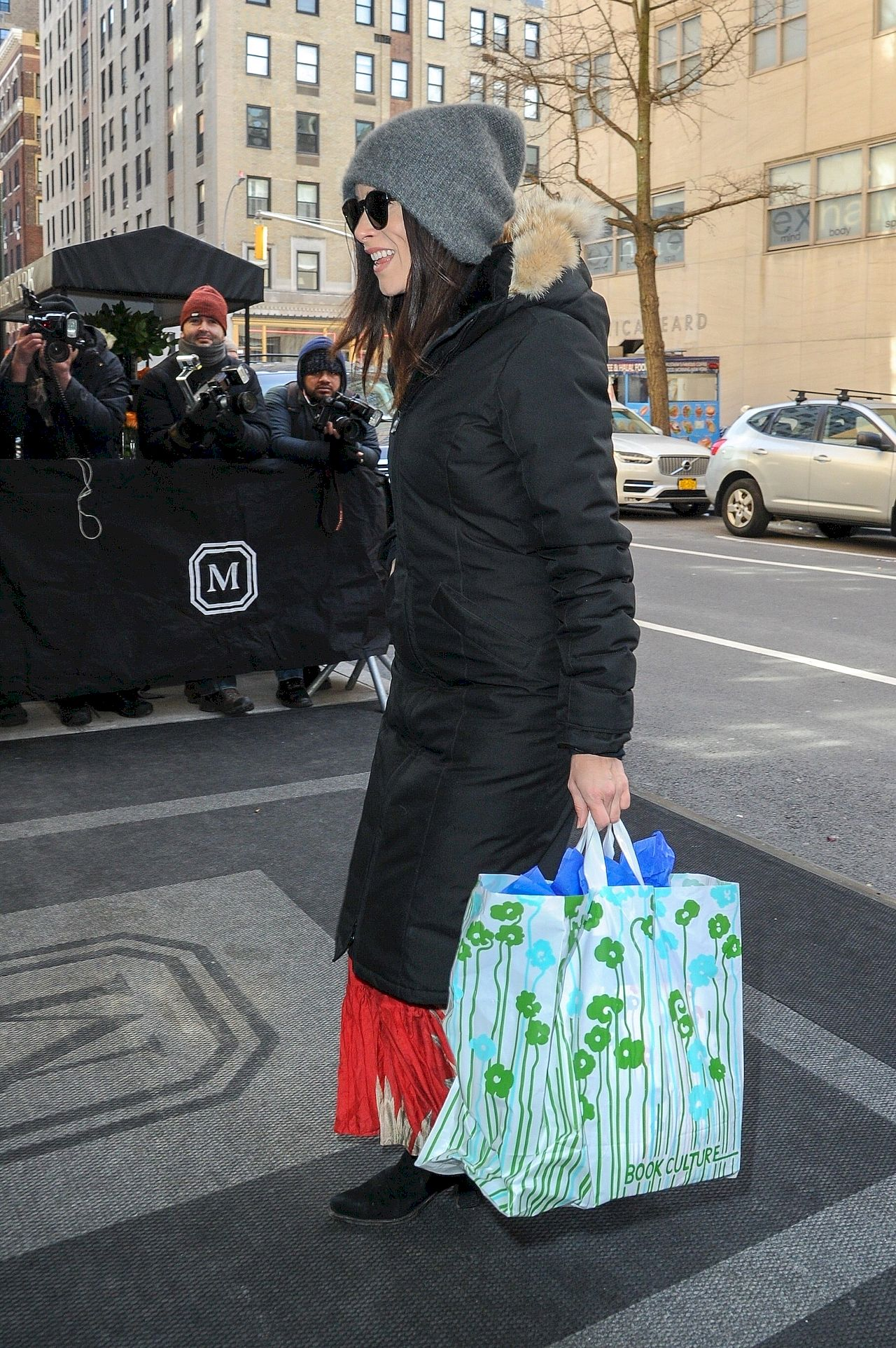 'Suits' star Abigail Spencer arrives for Meghan Markle's baby shower Abigail Spencer