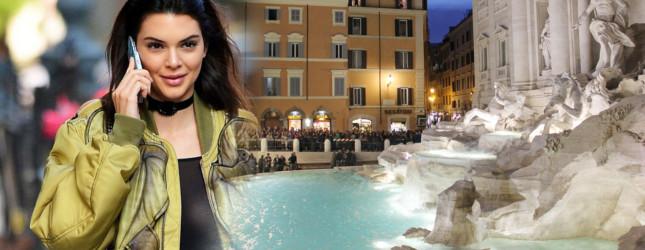 Kendall Jenner chodziła po wodzie! (Facebook)