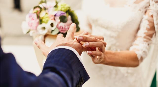 Zazdrościsz Meghan Markle królewskiego ślubu? Oto jak wyprawić wesele z klasą!