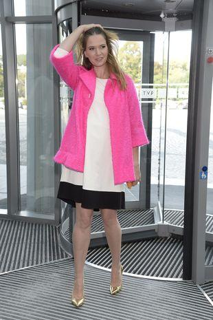 Czy sukienka od Ewy Minge coś ukrywa? (FOTO)