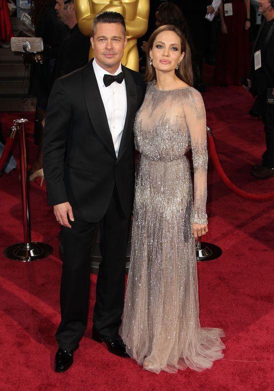 Angelina Jolie i Brad Pitt oficjalnie singlami. Jak wspominamy ich małżeństwo?