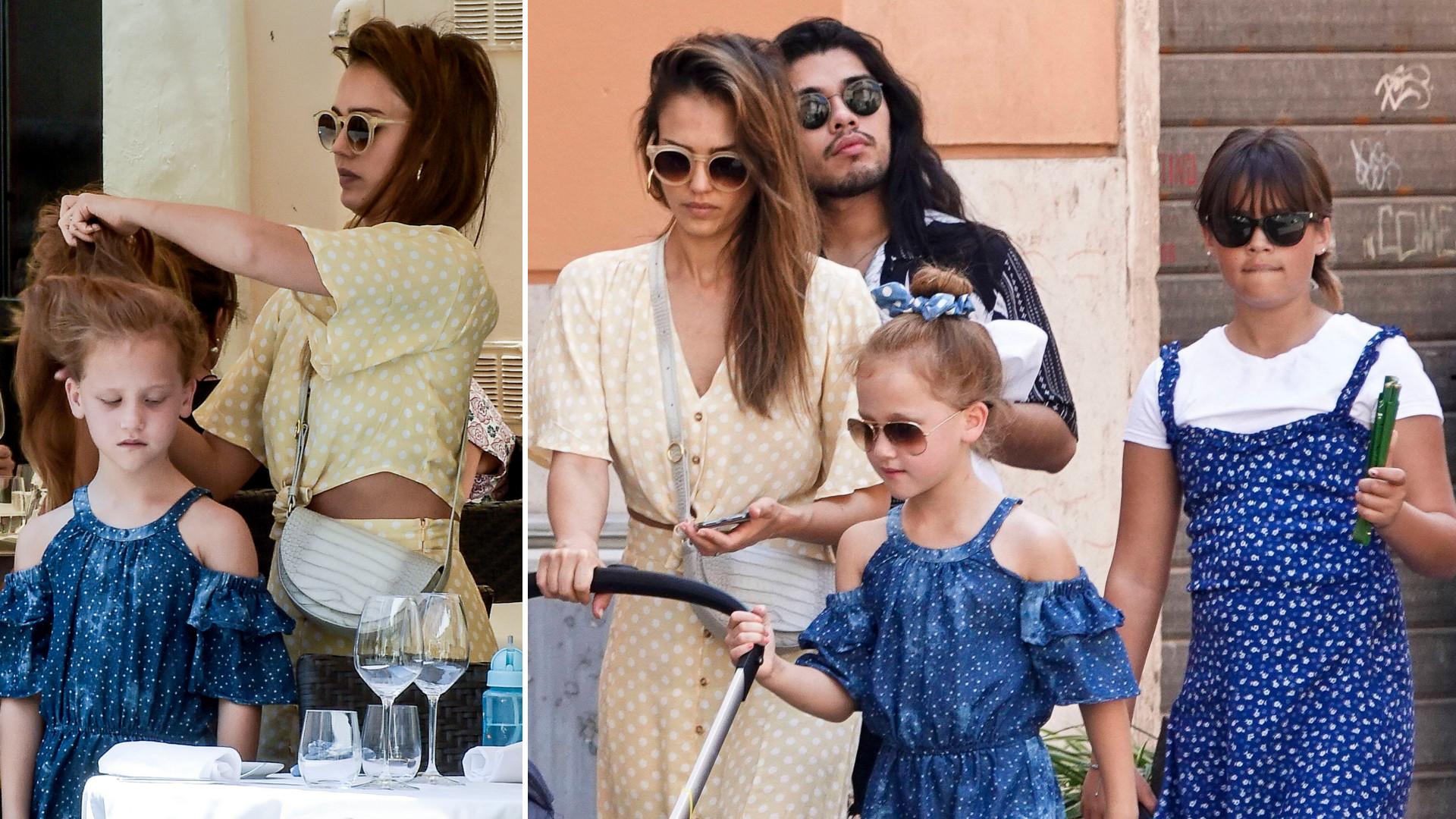 Jessica Alba z trójką dzieci zwiedza Rzym (ZDJĘCIA)