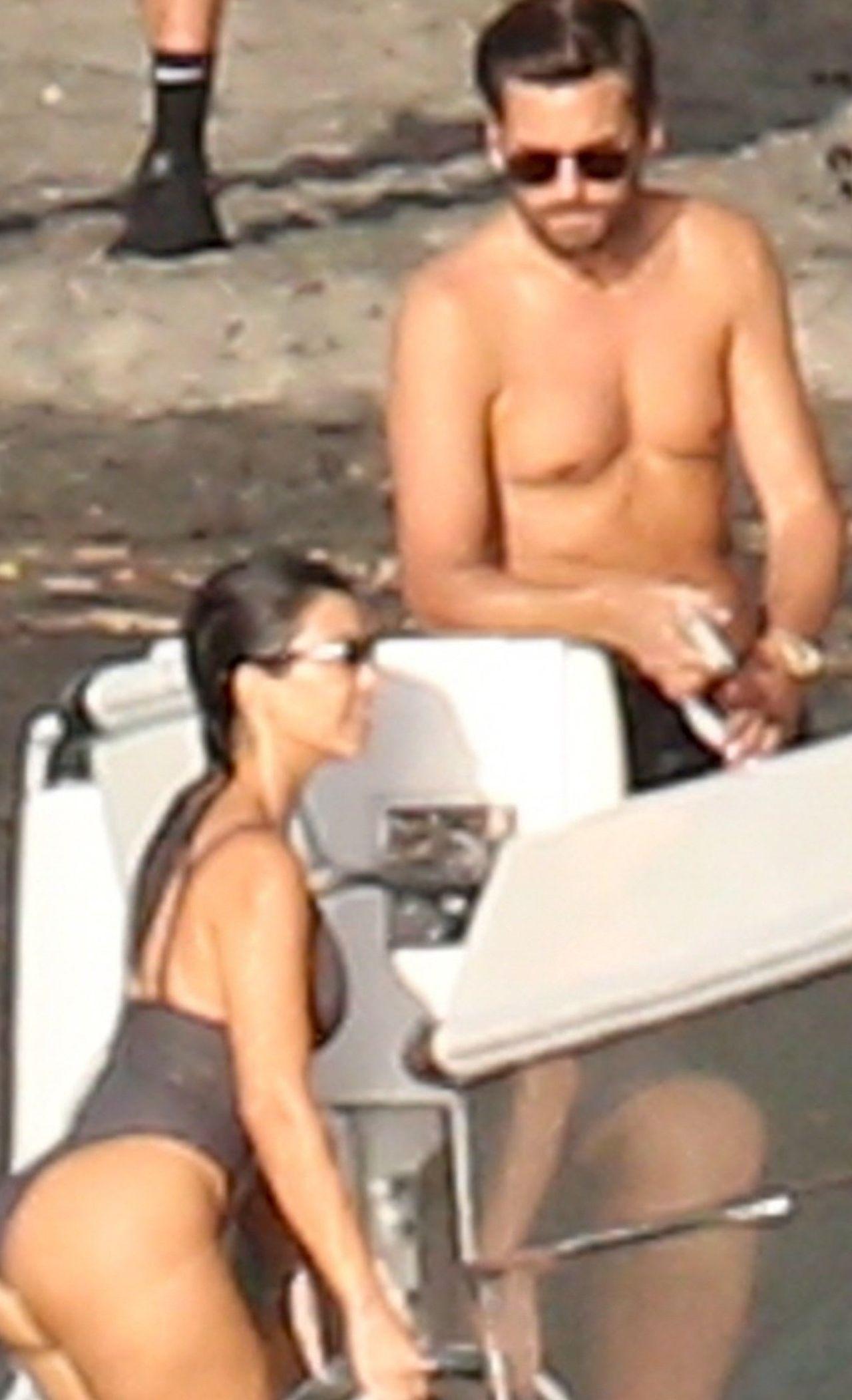 Kourtney Kardashian i Scott Disick na wakacjach
