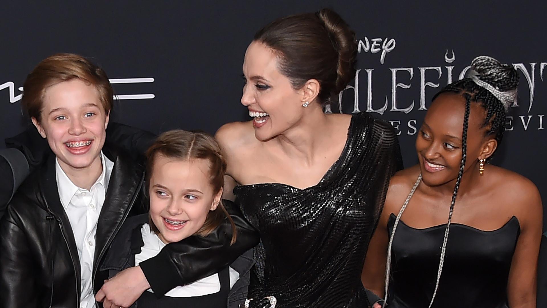 Ależ urośli! Angelina Jolie z piątką swoich dzieci na premierze Czarownicy 2 (ZDJĘCIA)