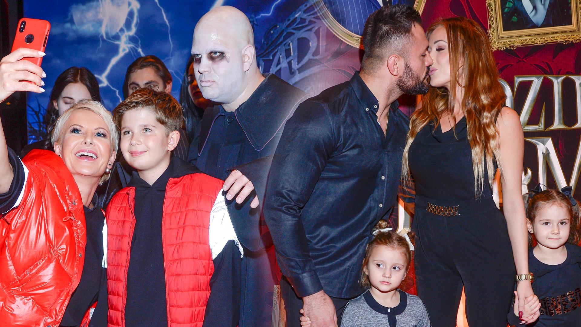 Racewicz z synem, Trybson z rodziną i wiele innych gwiazd z dziećmi na premierze Rodziny Adamsów (ZDJĘCIA)