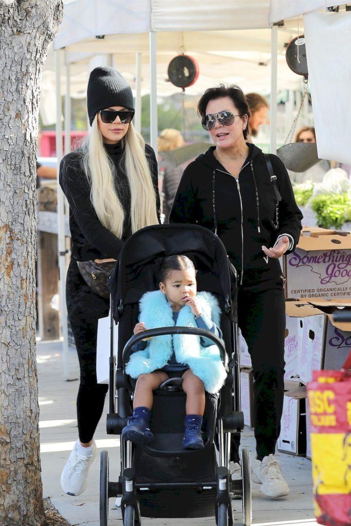 Khloe Kardashian z mamą i córką