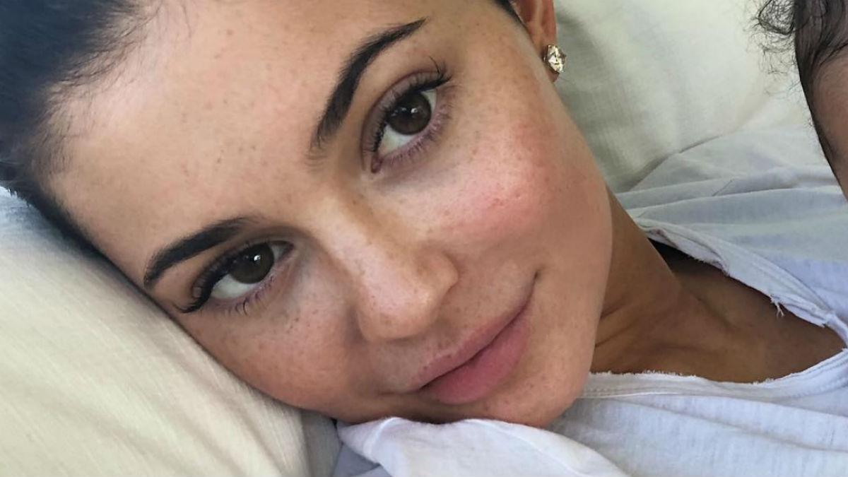 Kylie Jenner pokazała zapowiedź nowej palety! Spójrzcie na jej makijaż!
