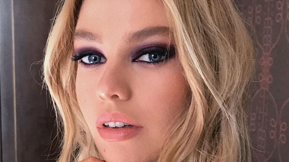 Najmodniejszy makijaż ust nadchodzącego lata! Wizażyści pokochali wet lips!