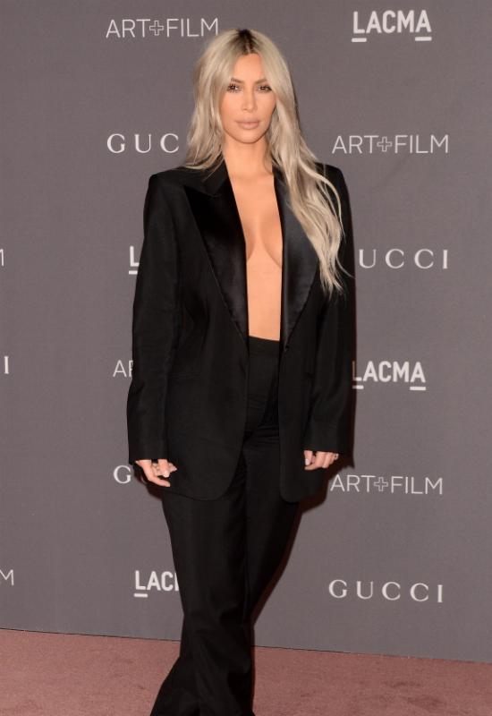 Oburzeni fani Lady Gagi oskarżają ją o kopiowanie Kim Kardashian! Wyglądają…