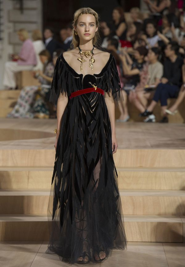 VALENTINO – BEAUTY OF THE MIRABILIA ROMAE COUTURE COLLECTION