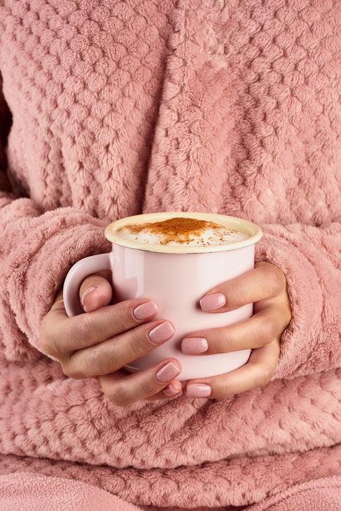 7 codziennych błędów, przez które Twoje paznokcie ciągle się łamią